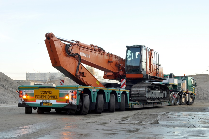 nooteboom-pxe-with-excavator-trough-high-res