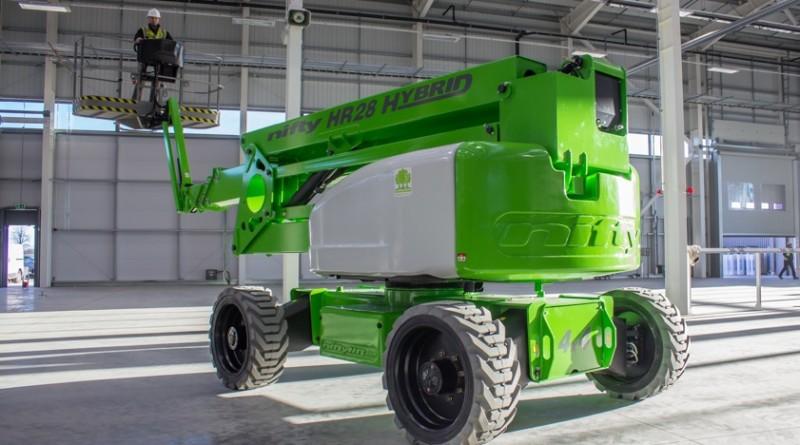HR28 Hybrid 3