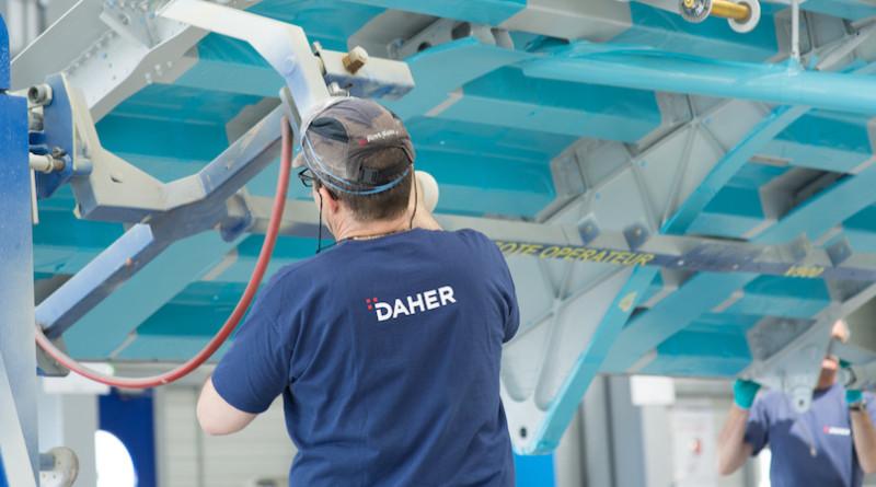 17 juin 2016 - Inauguration par Patrick Daher et Didier Kayat, de la ligne de production taktée pour les trappes de train d'atterrissage principales de l'A350.