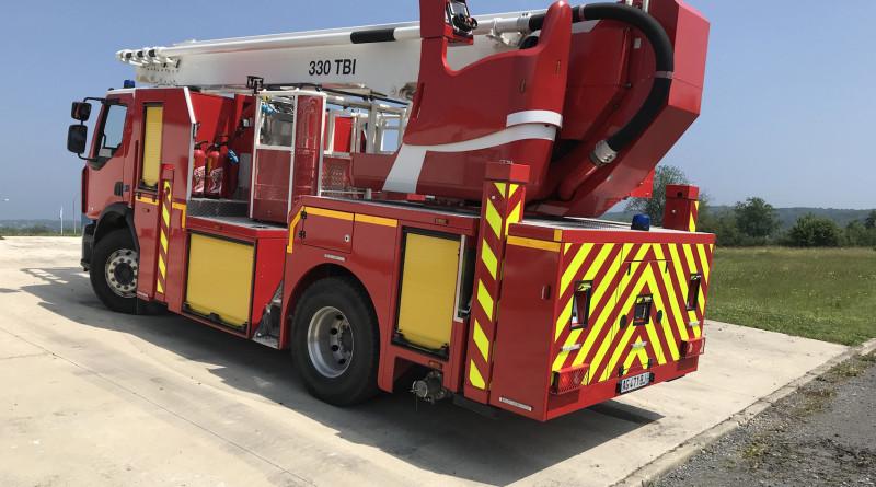 Klubb camion-nacelle-pompiers