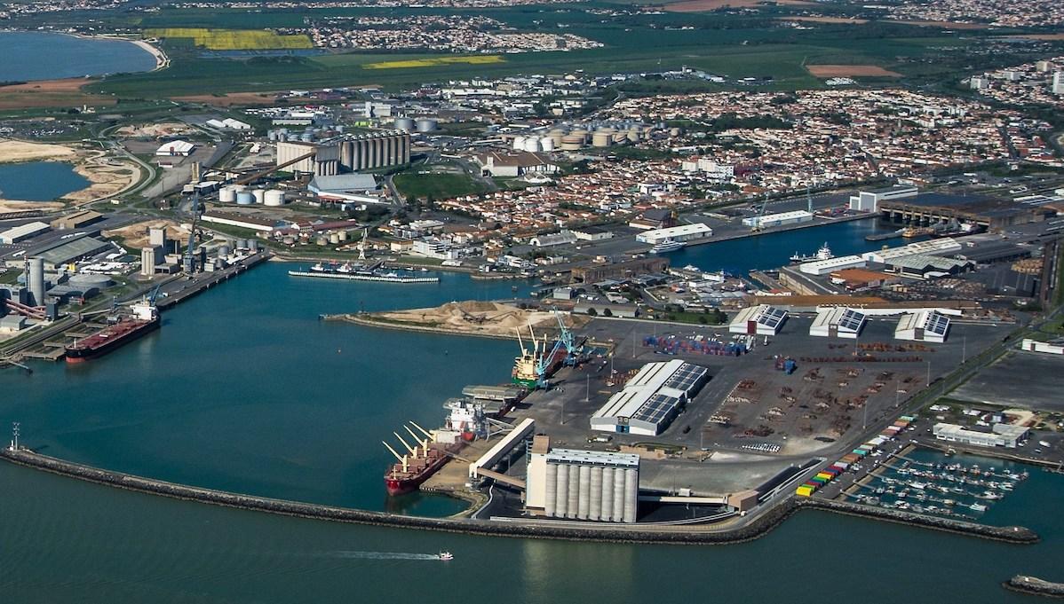 Bollore:Port La Rochelle - copie