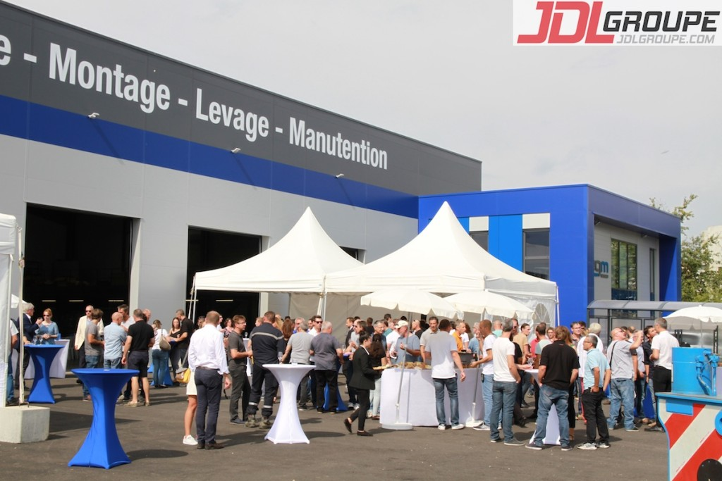 JDL12277