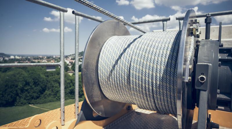liebherr-fibre-rope-tower-crane-300dpi - copie
