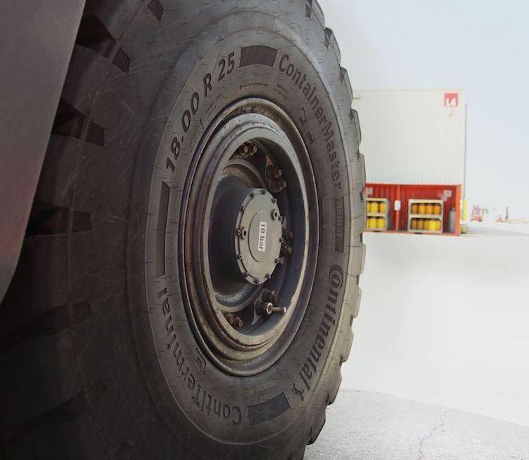 De nouveaux pneus portuaires chez Continental