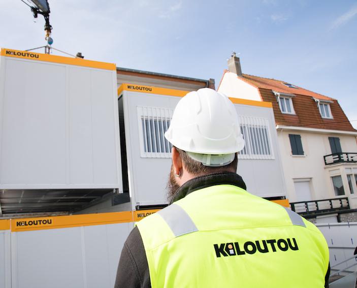 Kiloutou crée son enseigne pour la construction modulaire