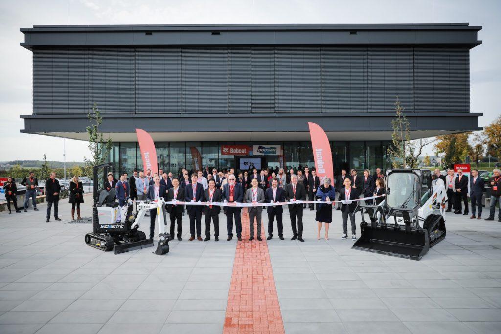 Bobcat inaugure son siège européen en République Tchèque