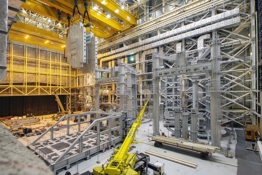 Iter : ultimes tests pour les ponts roulants de 750 tonnes