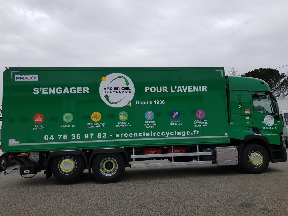 Arc-en-Ciel Recyclage renforce son parc avec Fraikin