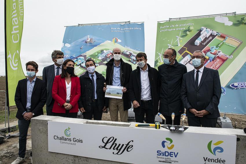 Hydrogène vert : Lhyfe pose la première pierre d'un site de production industrielle en Vendée