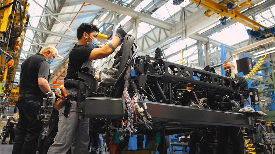 L'usine Mercedes-Benz de Wörth se prépare aux camions électriques